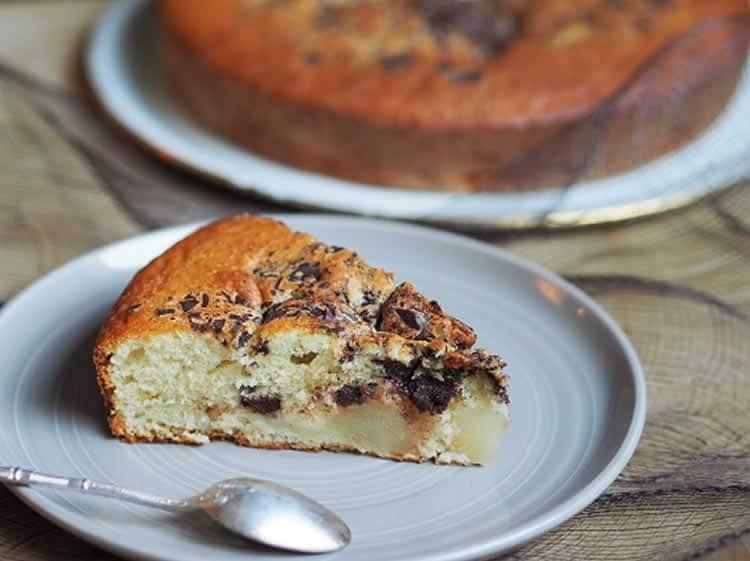Recette gâteau au yaourt chocolat et poires