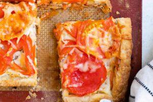 Tarte aux tomates et fromage