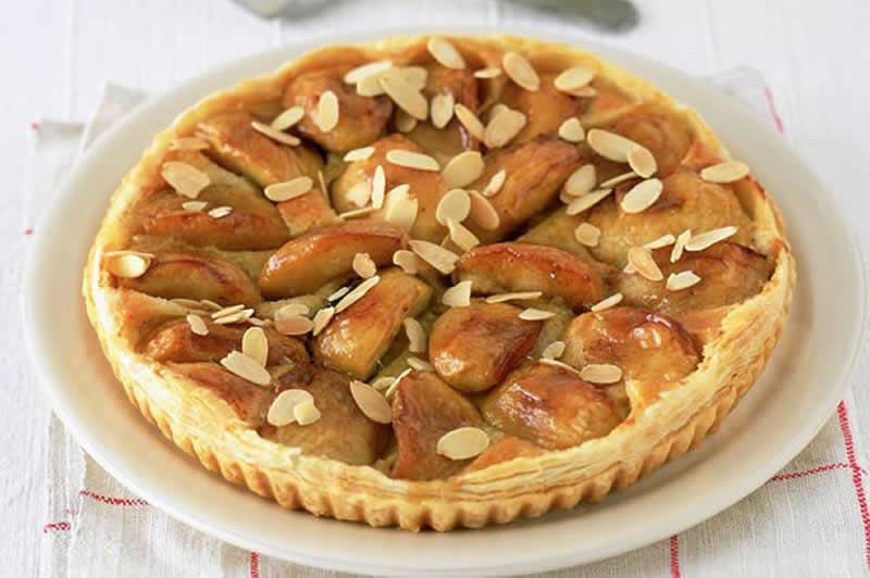 Tarte dessert aux pommes et aux amandes